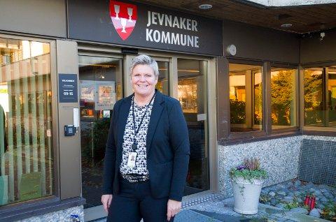 FORNØYD: Kommunalsjef Cecilie Øyen er glad for at så mange vil hjelpe til med helse- og omsorgsoppgaver nå under koronakrisen.