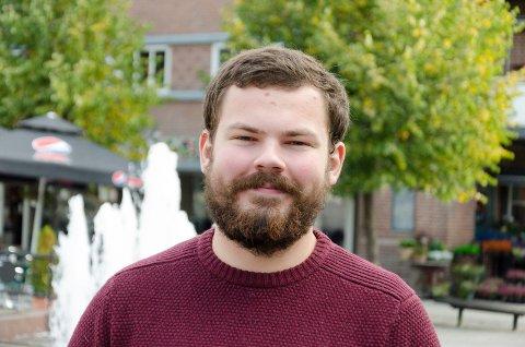 FORNØYD: Audun Hammer Hovda, er glad for at SV gjør et godt valg  og at det kan bli muligheter for han  til å møte på Stortinget noen ganger.