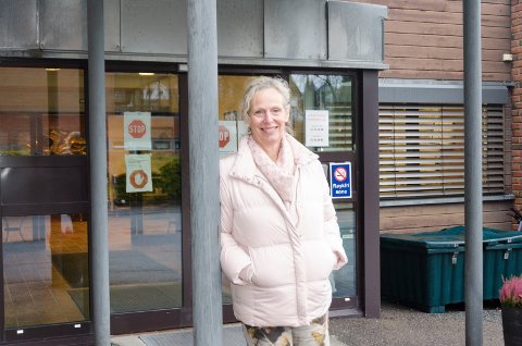 BEDRE TILBUD: Kristin Løchsen, konstituert kommunalsjef helse og omsorg, mener at det å slå sammen korttidsavdelingen og en langtidsavdeling vil gi en mer fleksibel og bedre bruk av sengene. Hun tror også det vil være bra for de ansatte.