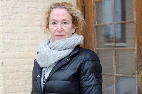 SKUFFET: Hilde Grefsrud synes det er synd at Ringerike kommune ikke går i gang med en mulighetsstudie for Hønefoss skole med en gang.