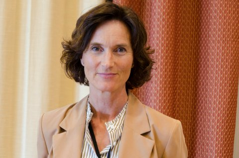 UROVEKKENDE TALL: Kommunalsjef Marianne Mortensen, synes det er beklagelig at så mange som hver tredje elev i 10. trinn på Haugsbygd ungdomsskole har blitt utsatt for mobbing. Tallene er økende for skolene i Ringerike generelt.