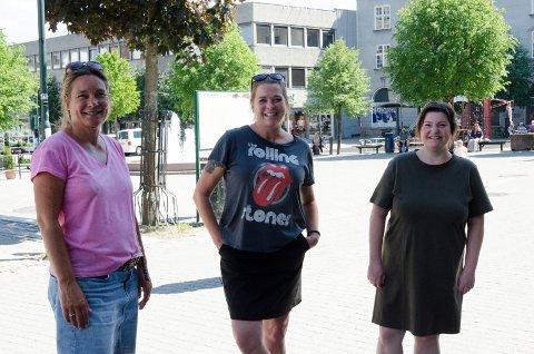 - NYT SOMMEREN: Ungdomskontaktene Lena Hvinden Dahl, Heidi Torstensrud og Leila Khalayli, ønsker at ungdom skal kose seg i sommer, men de håper samtidig at ungdommene ikke tester rus. Det er ikke uvanlig at rusdebuten skjer nettopp i sommerferien.