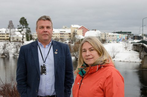 TROR PÅ HØNEFOSS: Varaordfører Dag E. Henaug og ordfører Kirsten Orebråten har stor tro på vekst og utvikling i Hønefoss. De er enige med en rapport som viser et stort potensiale for flere innbyggere og arbeidsplasser.
