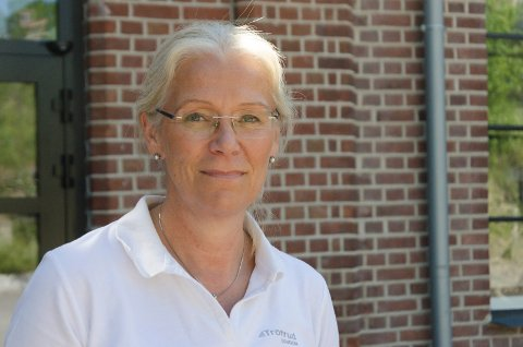 UENIG: Ellen Grønlund, utviklingsdirektør i Tronrud Eiendom, synes Ringerike kommune også bør være med på å betale for fortau på kommunal grunn i Ankersgate.
