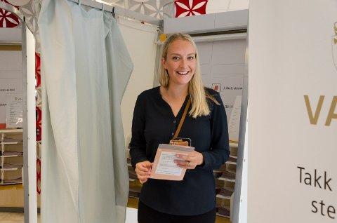STEMME: Sandra Bruflot fra Høyre vet hva hun skal stemme ved stortingsvalget.