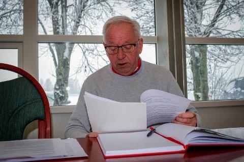 INGEN LYSTIG LESNING: Leder Arne Kalstadstuen i Lillestrøm idrettsråd er ikke fornøyd med hvordan idretten kommer ut av rådmannens budsjettforslag.