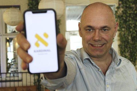 Quiz-gründer: Einar Røhnebæk hadde idéen til quiz-appen «Kardinal» allerede for tre år siden, men trengte å få med seg investorer for å realisere planene. FOTO: PRIVAT