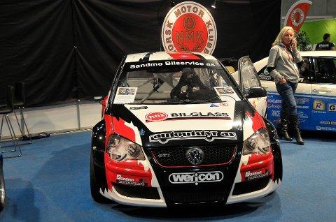 Bilen til Sandmo tok seg pent ut på Norsk Motorklubbs stand under Oslo Motorshow.
