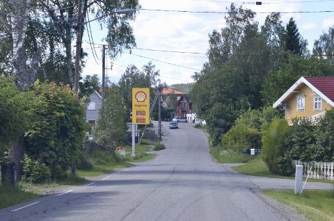 FART: Det planlegges fartsbegrensning, slik at det vil bli 40 kilometers fartsgrense gjennom Spikkestad sentrum i løpet av 2017.