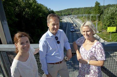 NÅ: Venstrepolitikere på begge sider av Oslofjorden ønsker busstilbudet gjennom Oslofjordtunnelen tilbake. Fra venstre: Solveig Schytz, Erik Lundeby og Gunn-Torill Homme Mathisen.