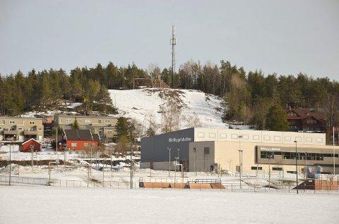 MIDTBYGDA: Snøparken i Gleinåsen ligger godt plassert i terrenget.