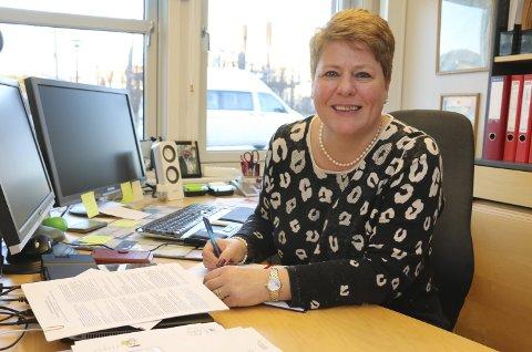 ROSER DE ANSATTE: Virksomhetsleder Susanne Wollasch ved Sandetun bo- og behandlingssenter.