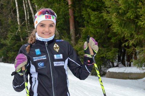MÅLBEVISST: Ingrid Bergene Aabrekk (15) er en målbevisst langrennsløper, som sikter mot å bli like god som Marit Bjørgen. Til høsten flytter hun trolig til Lillehammer for å satse på ski på toppidrettsgymnaset der.Foto: Linda Hansen