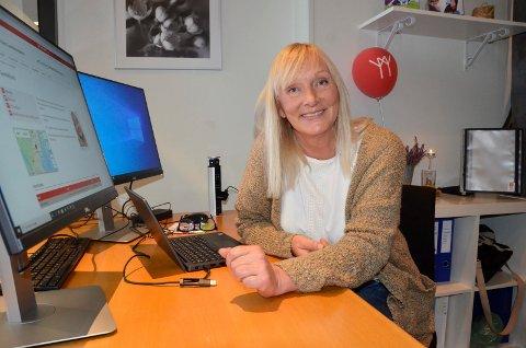 NY JOBB: Eve Unneberg (52) har kun jobbet som koordinator for Home-Start Familiekontakten Sandefjord i noen måneder, men stortrives allerede.