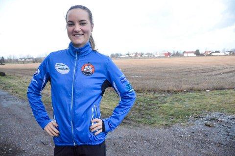 DRAR TIL NEDERLAND: Sofie Karoline Haugen (25) har ventet lenge på å få gå internasjonale skøyteløp. Nå er snart ventetiden over. 9. januar setter hun kursen mot Nederland, hvor allround-EM og verdenscupløp står på programmet.