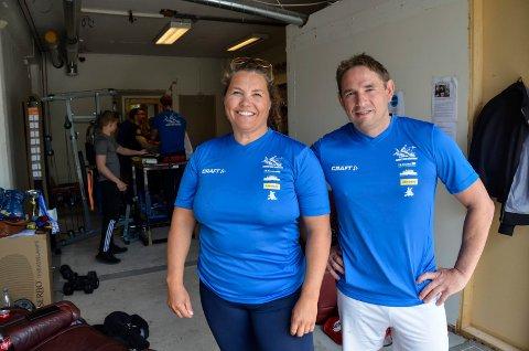 Trener Føbe-Mari Andersen og nestleder Michael Bjerkaas. Andersen gleder seg til klubben kan trene som normalt. Arkivfoto: Linda Nilsen