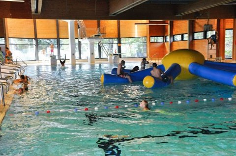 KLAR TIL SOMMERÅPNING: Sandefjord svømmehall er klar til sommeråpning i starten av juli. Illustrasjonsfoto: Tone Merethe Ude