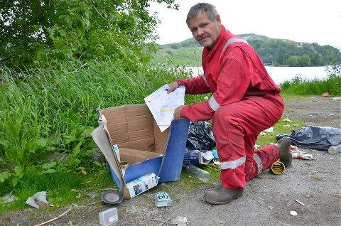 ANMELDES: De to som har kastet papirene sine med navn på kan vente seg en overraskelse når Paul Kyllingstad anmelder dem for forsøpling.
