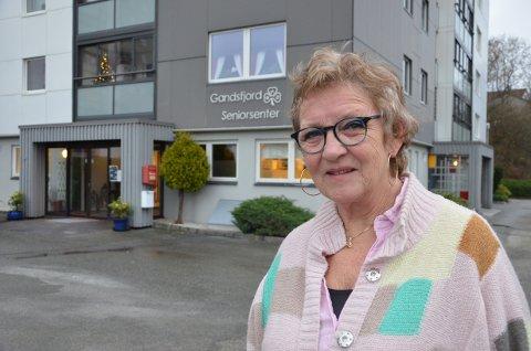 MÅ SNU: Leder Bente Sørbø i Sandnes sanitetsforening frykter kutt i støtten til to av seniorsentrene i kommunen og mener det vil bli et hardt slag for frivilligheten.