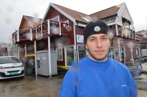 """Elias Badr satset stort med puben """"På Kanten"""" i sjøkanten på Hommersåk. Nå ser det ut til at han skal åpne nok et serveringssted."""