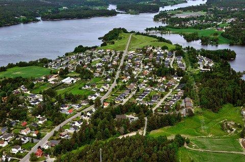GANG– OG SYKKELVEI: Det er i nordenden av Hafslundsøy – strekningen Nordby gård til Hasle – innbyggerforslaget hadde sitt grunnlag. Nå blir det reguleringsplan, men når det kan bli bygging er helt uvisst.