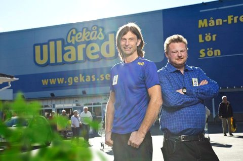 Ullared-kjendisen Morgan (til høyre) blir med på flyturen fra Tromsø til Ullared. Det blir imidlertid ikke Ola-Conny.