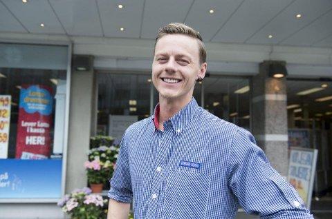 Kjøpmann Mats Lehne gikk på en smell da butikkhyllene ble tømt for omega-3-produkter.