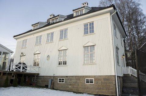 EKSKLUSIV: Vammabakken 40 har en verditakst på 10,5 millioner kroner. Boligen er delt i to leiligheter, og huser i dag en midlertidig omsorgsavdeling for mindreårige asylsøkere.Arkivfoto