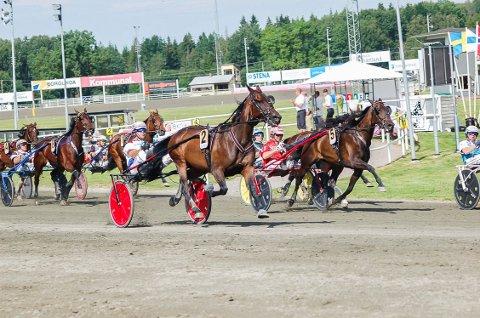 RAKK FRAM: Patricia Hastrup/Lars Anvar Kolle rakk fram til seier etter en kjempespurt.