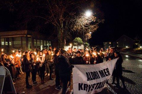 Aldri mer krystallnatt: I 2015 marsjerte russ, politikere og mange privatpersoner gjennom Mysen sentrum.