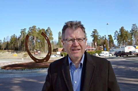 Ordfører i Eidsberg, Erik Unaas, er i sjokk etter at han mottok beskjeden om at Vibeke Skofterud har gått bort. Arkivfoto.
