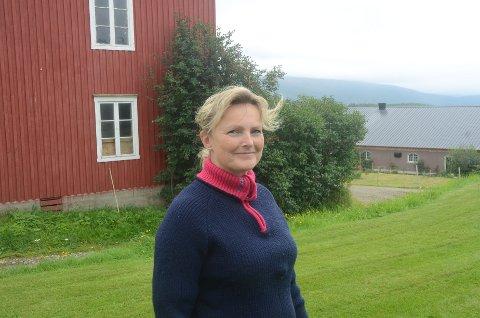 VANN: Trine Hasvang Vaag krever at det ordnes med bedre vann til Vestbygda.