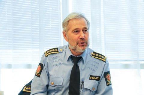 TRIST SAK: Politisjef i Sogn og Fjordane, Arne Johannessen, synest saka er trist. Han fortel at den har prega både etterforskarane, og den sikta politimannen.