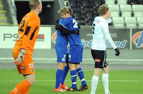 Mål: Thomas Elsebutangen avsluttet seksmålskampen mellom Pors og Odd II i går. Pors er fortsatt ubeseiret i vinter etter uavgjortresultatet mot Odds nest beste på Skagerak arena.