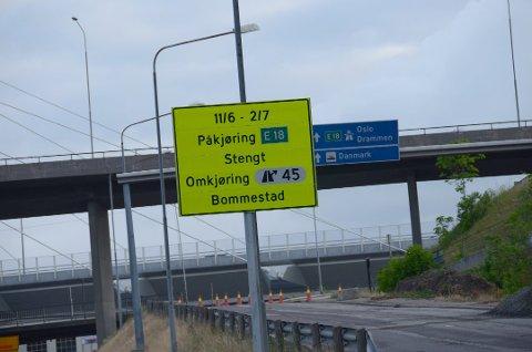 Ved Farriseidet må du nå kjøre til høyre mot Oslo på E18 og så snu ved Bommestad dersom du skal i retning Telemark. Foto: Bjørn-Tore Sandbrekkene