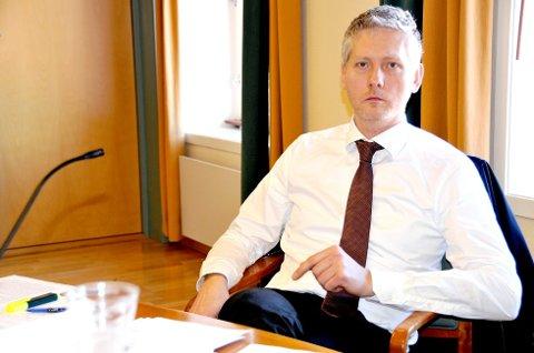 FORSVARER: Advokat Bjørn Dyrland forsvarer mannen som ble anmeldt for voldtekt natt til tirsdag. Bildet er fra en annen sak.