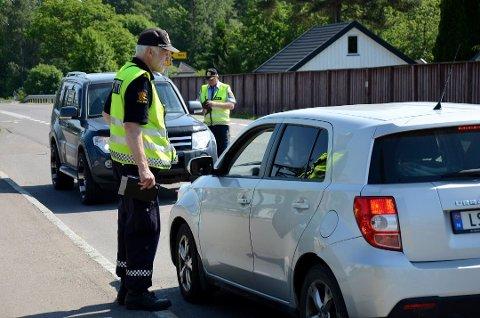 PASSER PÅ: Utrykningspolitiet opplyser at de kommer til å følge nøye med på trafikken når hytteforbudet oppheves. Foto:Henrik Ulrichsen