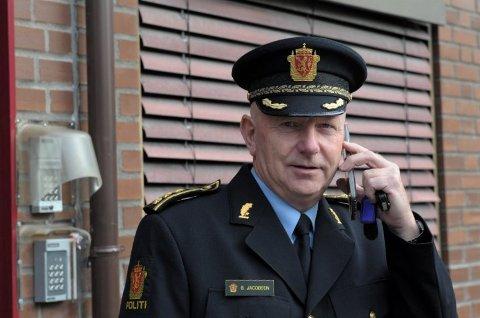 DUGNAD: Politistasjonssjef i Sandefjord, Brian Jacobsen, forteller at politiet skal være med på dugnaden for å stoppe smittespredning.