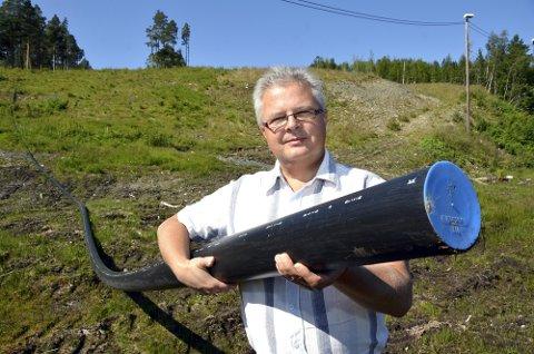 SVARER: Eierrepresentant Harald Bredesen svarer NVE på vegne av Surnadal Alpineiendom, etter at det er avdekket avvik som må utbedres og lukkes.
