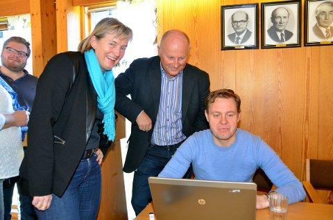 Rådmennene Birgit Reisch (Rindal), Knut Haugen (Surnadal) og Peter Ardon (Halsa) har i dag samlet sine formannskap til debatt om kommunereformen.
