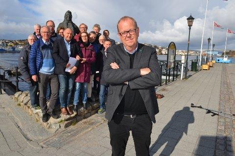 Pål Farstad med Nordmøre Venstre og klippfiskkjerringa i ryggen har et klart mål om å mobilisere bredt i valgkampen.