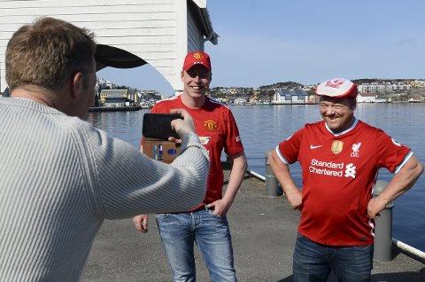 Kan smile igjen: Kjetil Strand i Red Army og Johnny Rotvær i Liverbirds Kristiansund er strålende fornøyd med at Superligaen kollapset før den kom i gang.