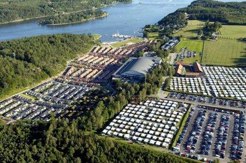 BRUNSTAD: Hovedsete for Smiths Venner verden over er konferansesenteret på Brunstad i Stokke.