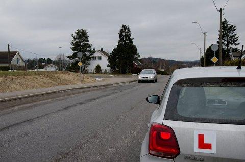 PIRAT: Nå strammes regelverket til slik at ulovlig betalt kjøreopplæring blir stanset.