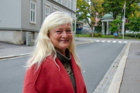 AVSTAND OG NÆRKONTAKTER: Ordfører Anne Rygh Pedersen sier det er viktig å passe på avstand, og antall nærkontakter også i romjulen.