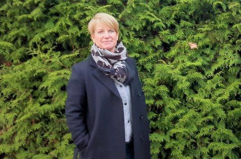 TILSYN: Camilla Wiig i Foreldreutvalget for grunnskolen i Tønsberg ber Fylkesmannen sjekke lovligheten av kommunestyrets budsjettvedtak.