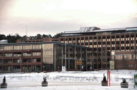 270 ansatte hos Statsforvalteren i Trøndelag får en påskjønnelse for et særdeles tøft år med koronapandemi. Kritikerne mener det er mange andre som fortjener det samme.