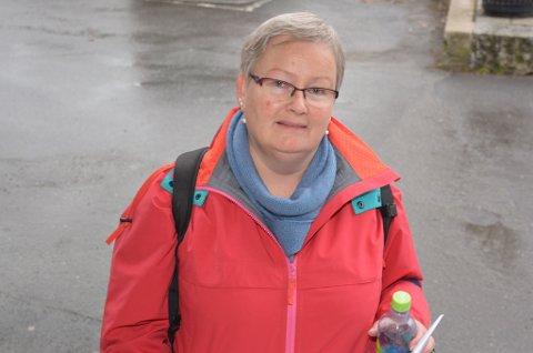 Anniken Thomassen er hovedtillitsvalgt for Utdanningsforbundet. Hun tror ikke bråket rundt administrasjonen stilner selv om rådmann Pål Frydenberg er borte.