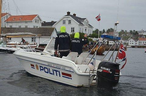 Politiet sjekket til sammen 103 båter i denne kontrollen, som delvis ble gjennomført i Tvedestrand. Illustrasjonsfoto