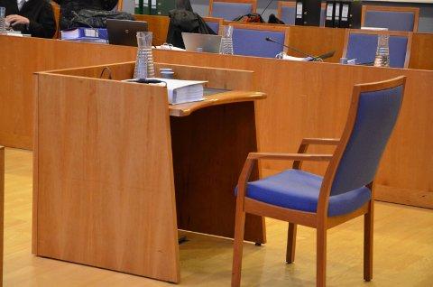 Aust-Agder tingrett: Jenta som anmeldte stefaren for seksuell handling, vant ikke frem i rettsapparatet.
